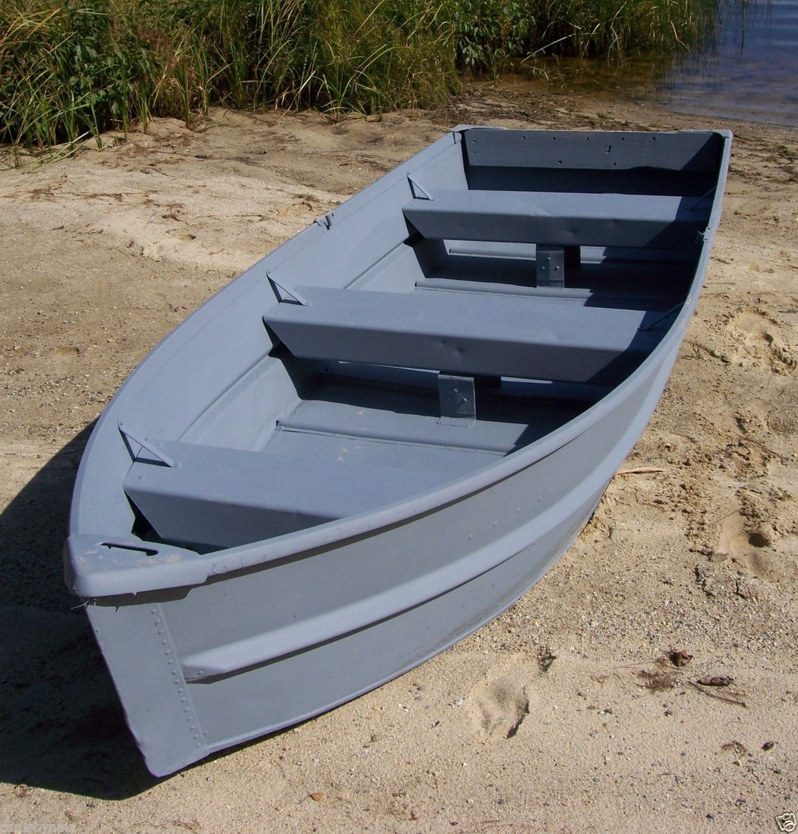 Used 11 5 aluminum jon boat fishing car top v shape for Best aluminum fishing boats