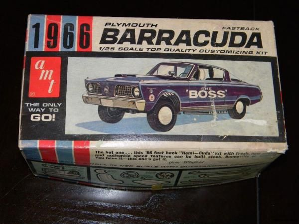 Vintage AMT 1966 Plymouth Barracuda Fastback 1 25 Scale Model Kit Box