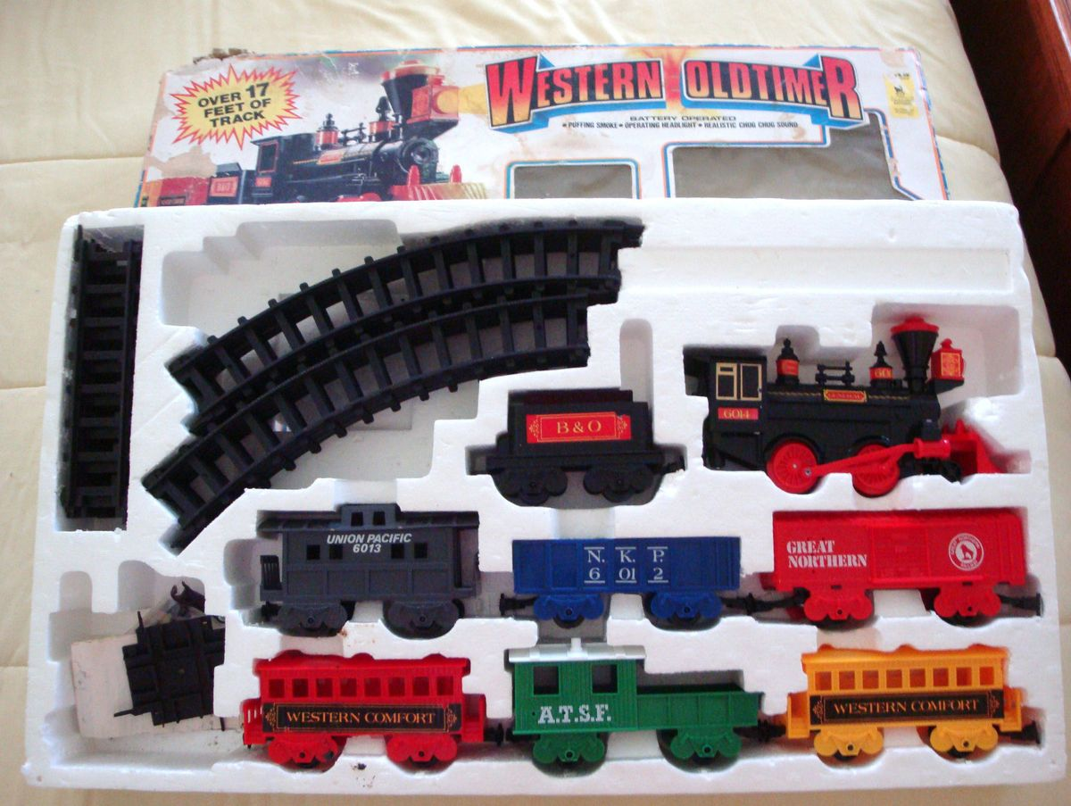 Battery Train Set : Wester oldtimer battery operated train set track layout