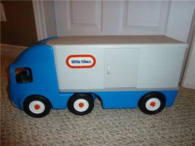 Big Rig 18 Wheeler SEMI Tractor Trailer Truck Hauler Ride On Toy NR