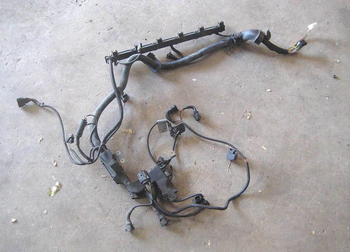 BMW E39 Engine Wiring Harness 99 00 528i 528iT 4dr Touring M52TU  I Engine Wiring Harness Diagram on engine fan diagram, engine cooling system diagram, engine pulley diagram, engine valve diagram, oil pan gasket diagram, rb20det engine diagram, engine manifold diagram, ecm diagram, oil filter housing diagram, engine intake diagram, flywheel diagram, fuse diagram, switch diagram, engine assembly diagram, front end assembly diagram, engine exhaust diagram, engine hose diagram, engine coil diagram, mirror diagram, engine lights diagram,