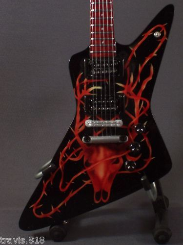 Mini Guitar METALLICA JAMES HETFIELD Elk Skull ART GIFT Memorabilia