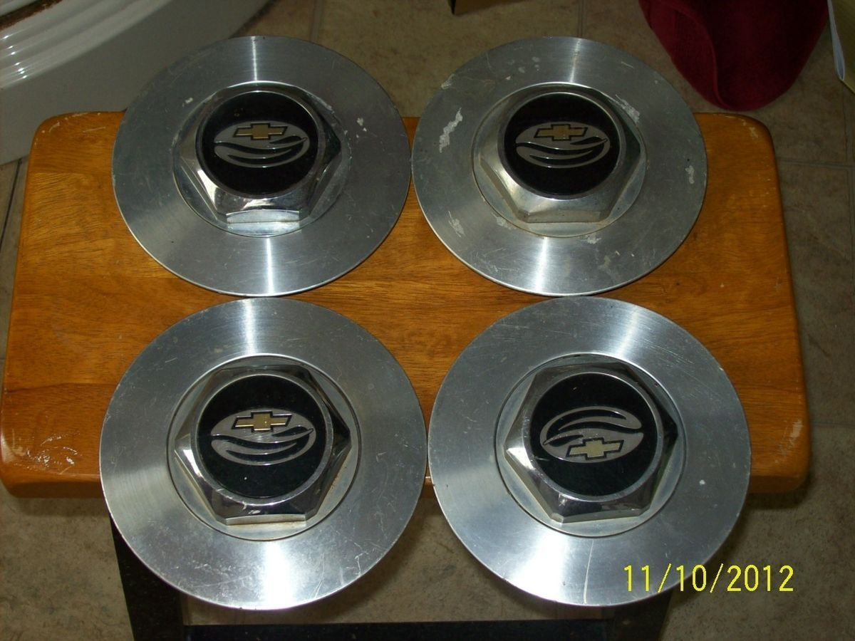 91 92 93 94 95 96 97 OEM Chevy Camaro Z28 Wheel Rim Center Caps Set Of